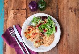 Sobrecoxa Grelhada + Farofa de Quinoa + Salada
