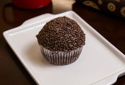 Cupcake Chocolate com Brigadeiro