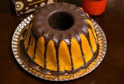 Bolo Caseiro Grande Cenoura com Casquinha de Chocolate