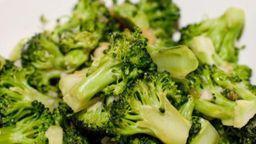Brócolis com Ghee e Alho