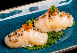 Sushi de Vieira Trufada