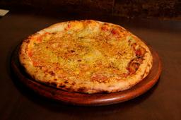 Pizza de Alho e Óleo