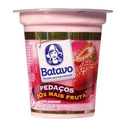 Iogurte Integral Batavo Pedaços Morango 100 g