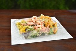 Salada de Salmão com Tartar de Manga e Abacate