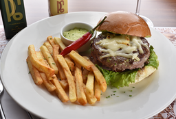 """Burger Gourmet P6  Au Emmenthal À """"Fernanda Paes Leme"""""""