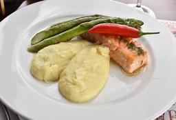 """Steak De Saumon Aigre-Doux Et Aligot À """"Marcos Caruso"""""""