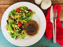 Burger Veggie com chia + Salada com palmito
