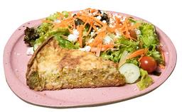 Torta de Brócolis + Salada + Suco do dia
