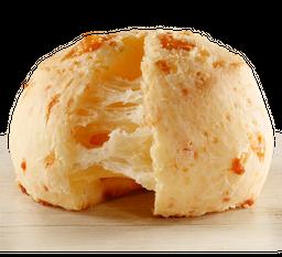 Pão de Queijo com Peito de Peru e Provolone