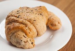 Croissant Recheado Integral Ricota Com Ervas