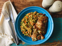 Sobrecoxa Grelhada e Couscous Marroquino