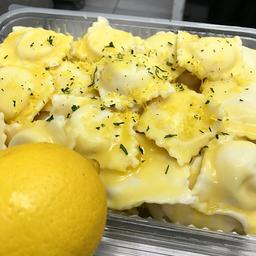 Ravioli De Limão Siciliano E Quejio Emmenthal
