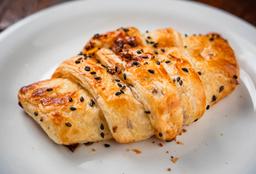 Croissant Multigrãos com Peito de Peru e Cream Cheese