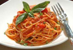 Spaghetti ao Pomodoro