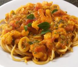Spaghetti Á La Marinara (Serve 2 pessoas)