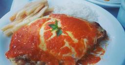 Filet Parmegiana (Serve 2 pessoas)