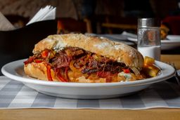 Philly Cheese Brisket - inclui fritas