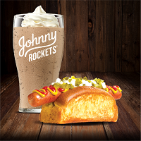 Combo Dogão 2: Hot Dog + Milk Shake Ovomaltine