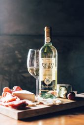 Vinho Falco Nero Valdorella