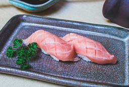 Sushi Atum Chu-Toro
