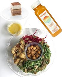 Combo 3:  Salada Bowl com Suco - 270ml e Sobremesa