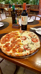 30% OFF Pizza + Vinho Chileno Undurraga Cabernet Sauvignon