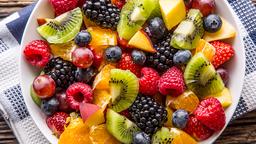 Salada de frutas com leite condensado