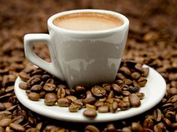 Café com leite de 500 ml.