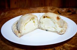 Empanada Três Queijos