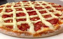 Pizza de Calabresa com Catupiry®