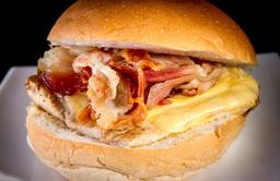 Lanche Frango Ovo E Bacon