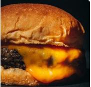 Cheeseburger - 140g  + Fritas