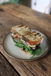 Steak Sandwich e Cebola Caramelizada