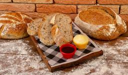 Pão Levain Com Manteiga