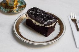 Bolo de Cookies & Cream - Fatia