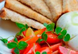 Burrata com Tomate Frescos