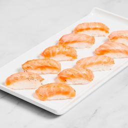 Sushi salmão tataki