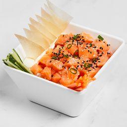 Poke salmão marinado