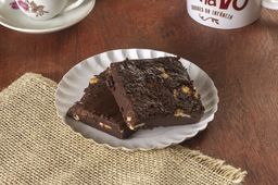 Brownie com Chocolate Branco - 100g