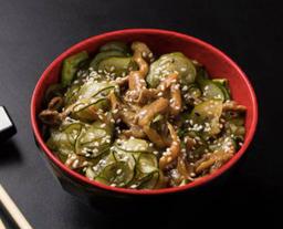 Salada  Sunomono com Shimeji