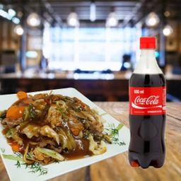 Combo Yakissoba de Frango G + 2 Coca-Cola