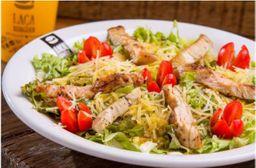 Salada Verde com Frango em Tiras