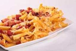Batata Frita com Cheddar e Bacon e Catupiry