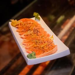 Sashimi de Salmão Selado ao Molho Especial - 10 Peças