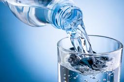 Agua sem gas