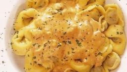 Cappelletti de quadro queijos