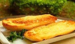 1914 - Baguete Manteiga na Chapa Saída Requeijão