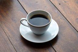 Café coador médio