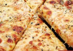 Pizza de alho com mussarela
