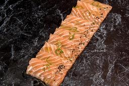 Carpaccio de salmão
